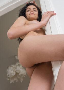Flirtatious nude brunette Milena has a huge wankability factor